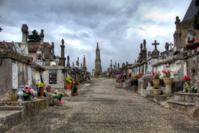 El cementerio del Castillo (Carcassonne) HDR