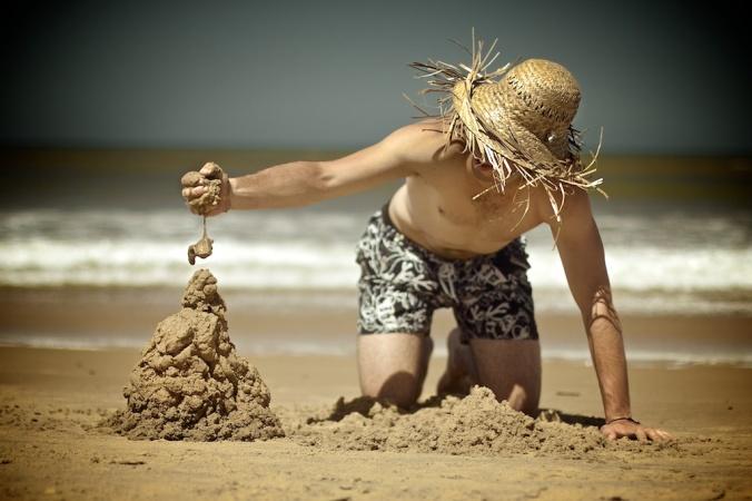 Juegos de arena y un gorro BaliZero